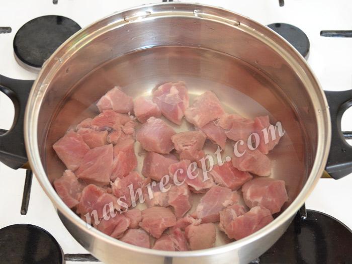варим мясо для борща - varim myaso dlya borscha