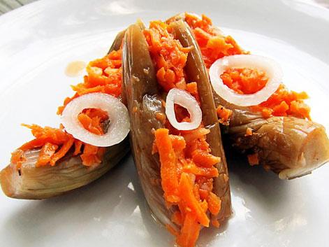 баклажаны с морковью и луком