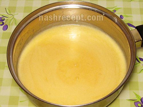 смесь из маргарина и яиц - smes iz margarina i yaits