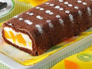 шоколадный рулет с персиками - shokoladnyi rulet s persikami
