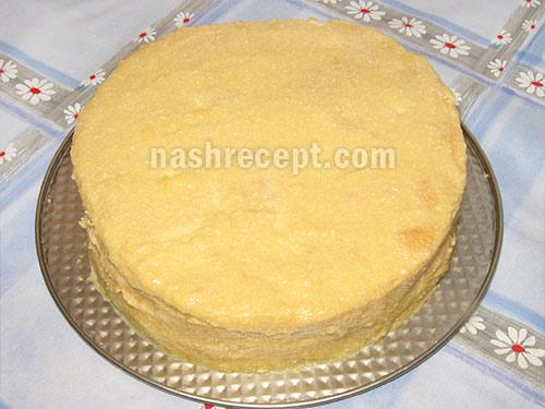 смазываем торт Наполеон кремом - smazyvaem tort Napoleon kremom