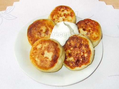 сырники из творога со сметаной - syrniki iz tvoroga so smetanoy