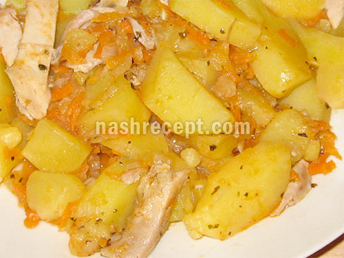 тушеная картошка с курицей - tushenaya kartoshka s kuritsey