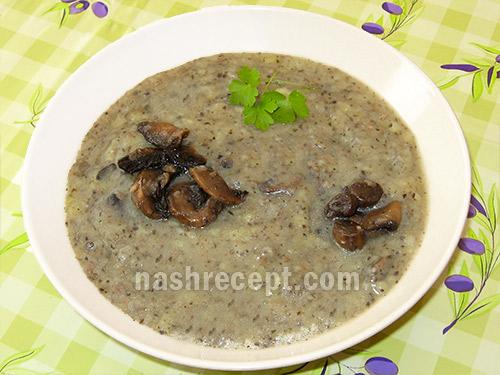 постный картофельный суп-пюре с шампиньонами - postnyi kartofelnyi sup-piure s shampinionami