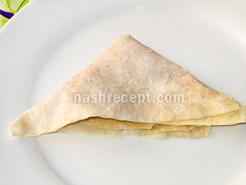 складываем лаваш конвертиком - skladyvaem lavash konvertikom