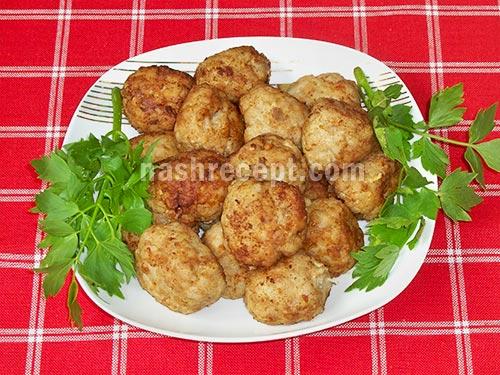 жареные мясные ежики с рисом - zharenye myasnye ezhiki s risom