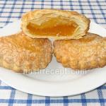 Пирожки из слоеного теста с вареньем