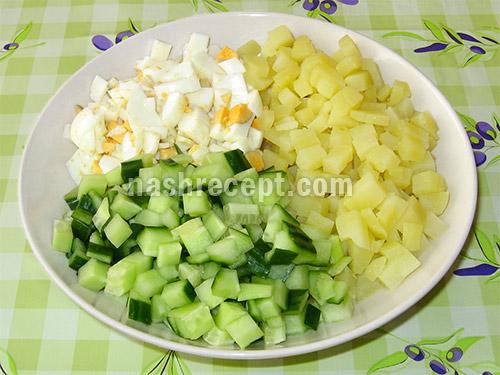 яйца, картошка и огурцы для холодного свекольника - yaytsa, kartoshka i ogurtsy dlya holodnogo svekolnika