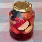 компот из яблок и черноплодной рябины - kompot iz yablok i chernoplodnoi ryabiny
