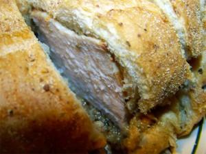свиное мясо в хлебном тесте - svinoe myaso v hlebnom teste