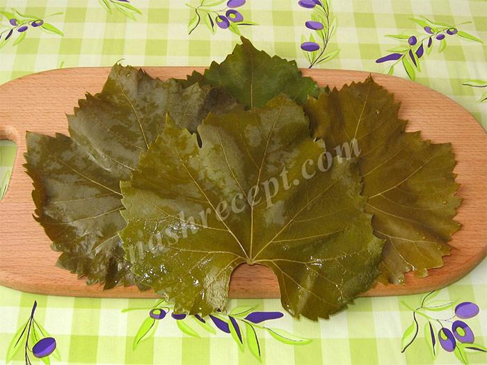 ошпариваем виноградные листья для долмы - oshparivaem vinogradnye listya dlya dolmy
