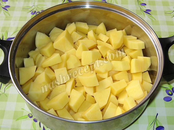 картошка для картофельного рагу - kartoshka dlya kartofelnogo ragu