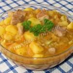 Картофельное рагу с кабачками и мясом