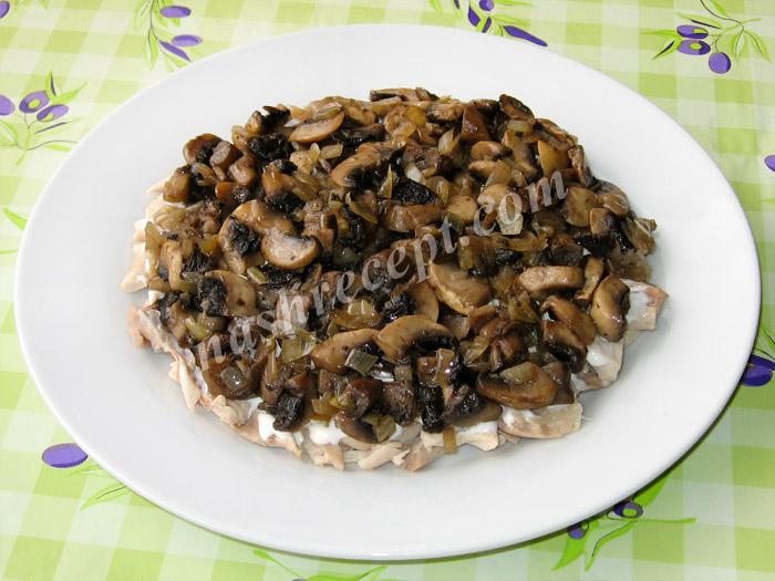 """салат """"Подсолнух"""": слой грибов - salat podsolnuh: sloy gribov"""