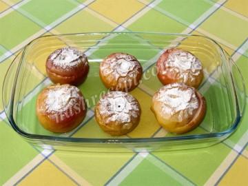 печеные яблоки с сахаром - pechenye yabloki s saharom