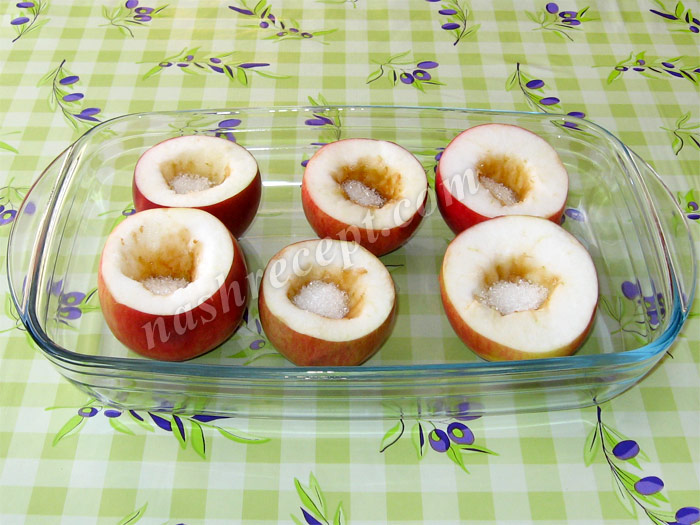 яблоки с сахаром для запекания - yabloki s saharom dlya zapekaniya