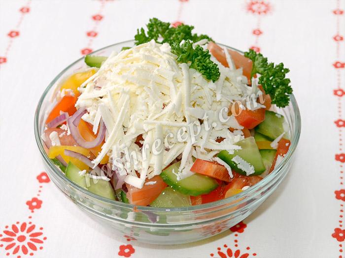 болгарский салат (шопский салат) - bolgarskiy salat (shopskiy salat)