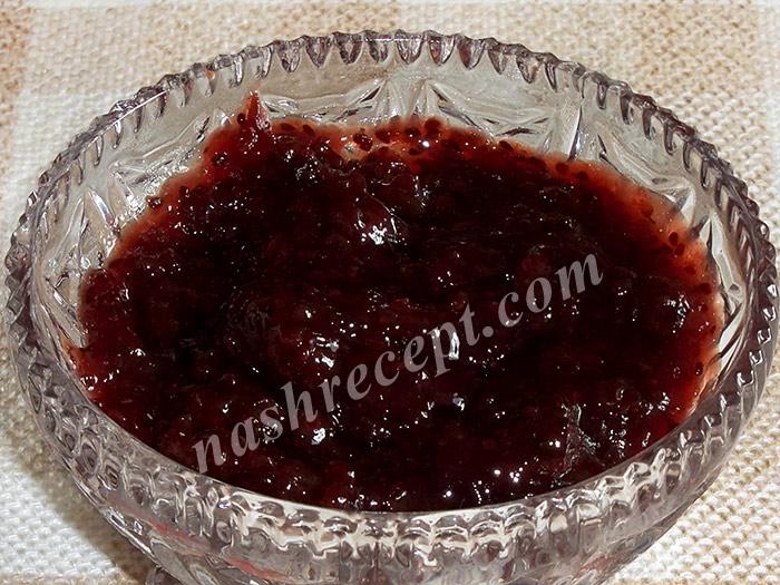 варенье из черной смородины - varenye iz chernoy smorodiny