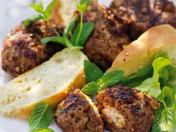 мясные зразы с сыром фета - myasnye zrazy s syrom feta