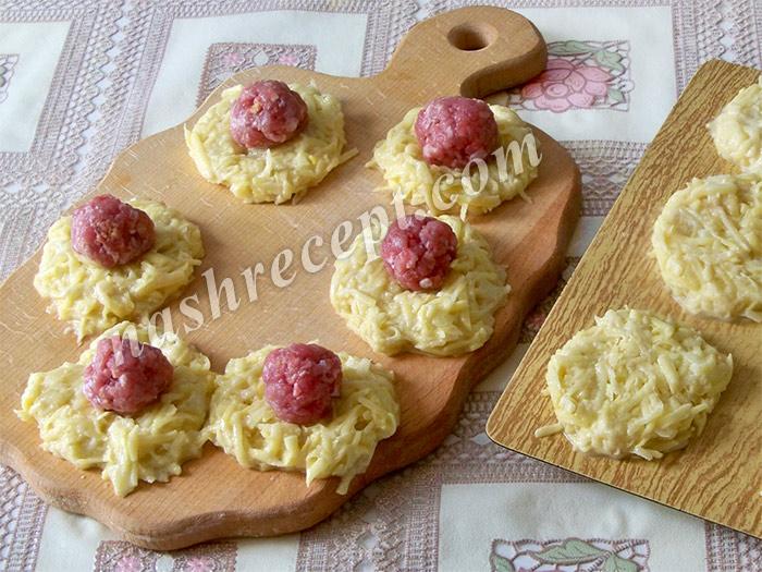 приготовление драников с мясом (колдунов) - prigotovlenie dranikov s myasom (koldunov)
