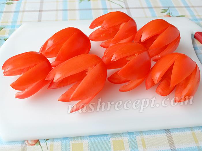удаляем мякоть помидоров - udalyaem myakot pomidorov