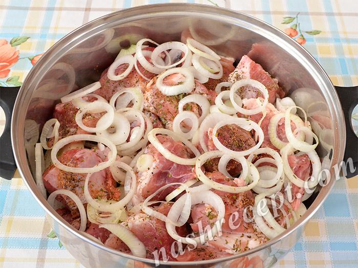маринуем свинину для шашлыка - marinuem svininu dlya shashlyka