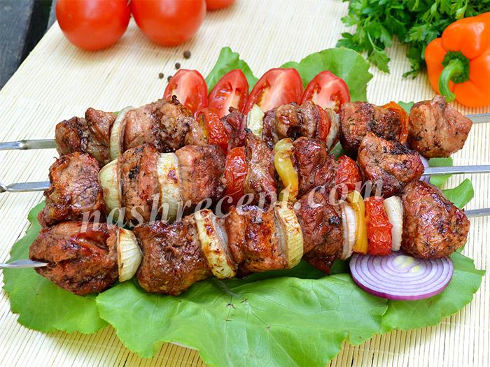 шашлык из свинины - shashlyk iz svininy