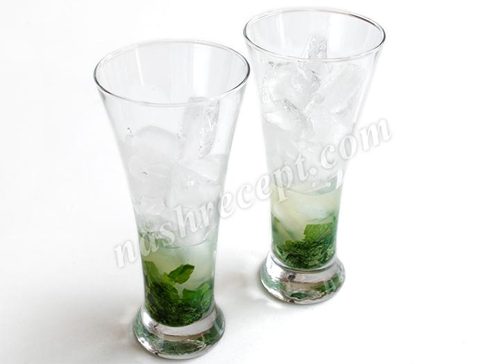 добавляем лед и ром - dobavlyaem lyod i rom