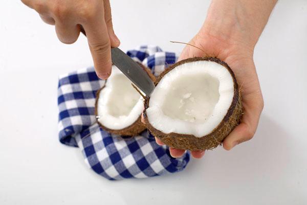 как отделить мякоть кокоса - kak otdelit myakot kokosa