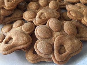печенье к Новому году 2018 в виде собачих лапок