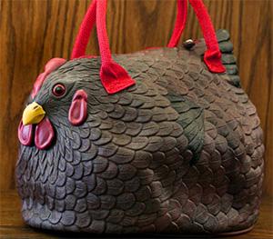 подарки к Новому году: сумка в виде курицы
