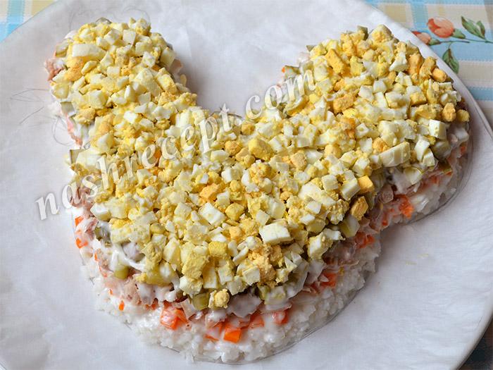 салат Петух: слой яиц