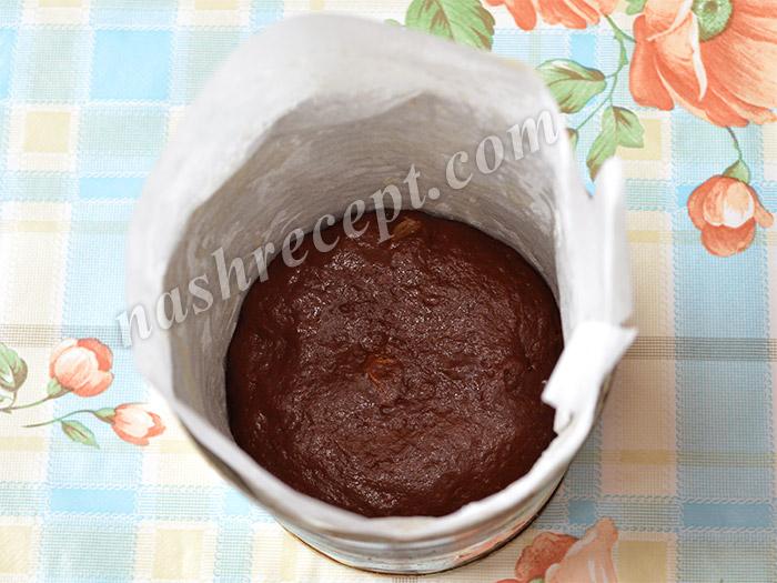 тесто для шоколадных куличей в жестяной форме